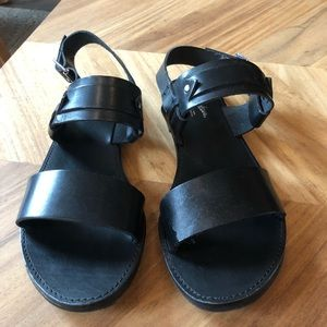 Seychelles Black Leather strap Sandals